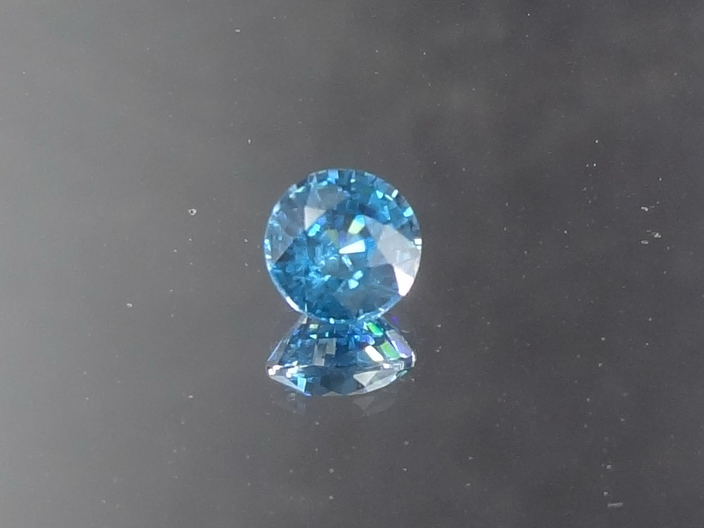 Swiss Blue Zircon, Very Clean and Shiny, Round Cut, 7mm