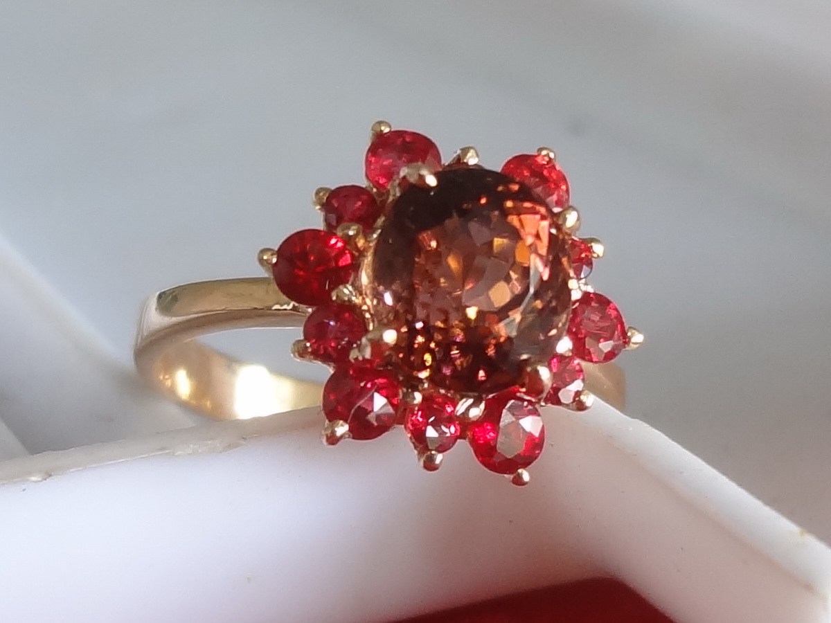 Beautiful Salmon Deep Pink to Orange 1.7ct Tourmaline